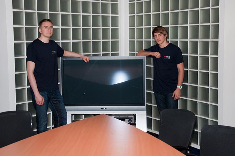 Die freundlichen Servicetechniker der AVI.DAT beim Aufbau